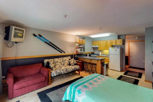East Condo #218 - Hotel - Girdwood