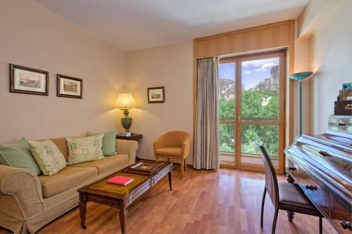 Divani Meteora Hotel room photos