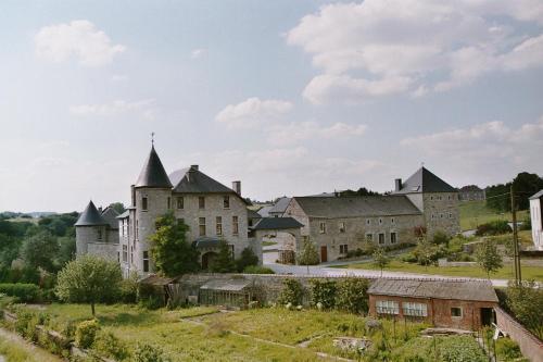 . B&B Ferme Château de Laneffe