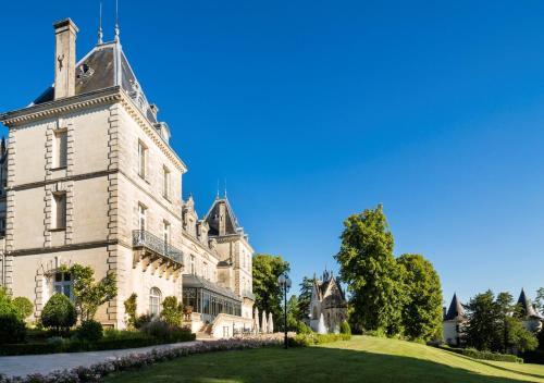 . Château de Mirambeau - Relais & Châteaux