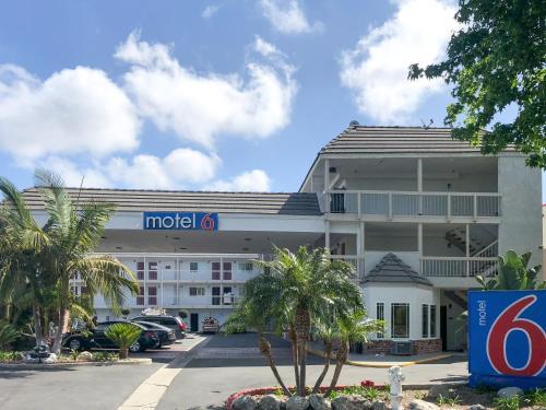 Motel 6-Fountain Valley CA - Huntington Beach Area - Fountain Valley, CA CA 92708