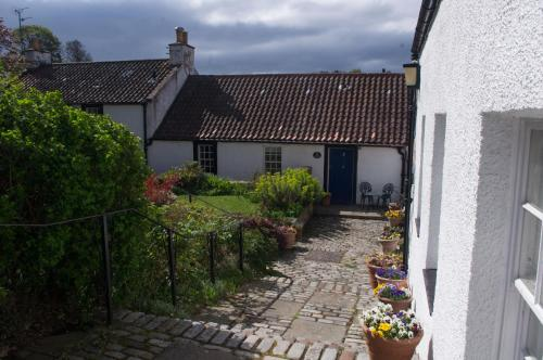 Silver Lining - Cottage by the sea - Edinburgh