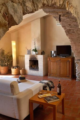 Suite Hotel la Plaça Madremanya 49