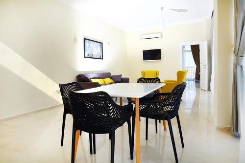 Kargicak 6 Bedroom Villa with Private Pool telefon