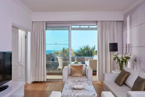Suite s terasom i pogledom na more (Terrace Suite with Sea View)