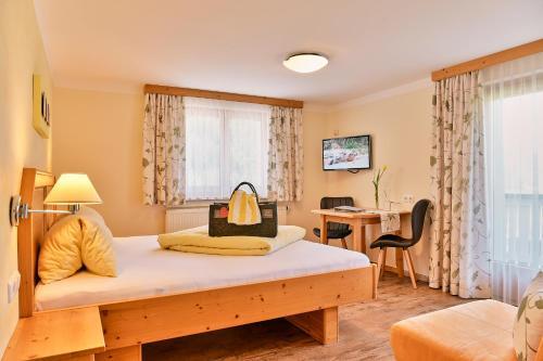 Hotel Garni Stockinger - Klösterle am Arlberg