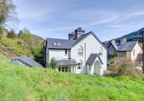 . Oswalds Cottage