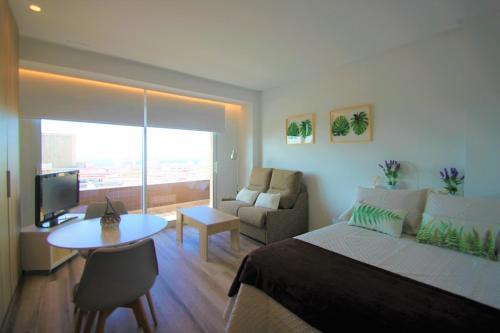 . CasaTuris Estudio con vistas que enamoran en Centro de Alicante A119