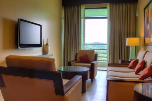 Radisson Summit Resort & Golf Panama room photos