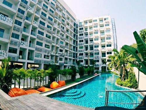 Luxury beach apartments with infinity pools by water park Luxury beach apartments with infinity pools by water park