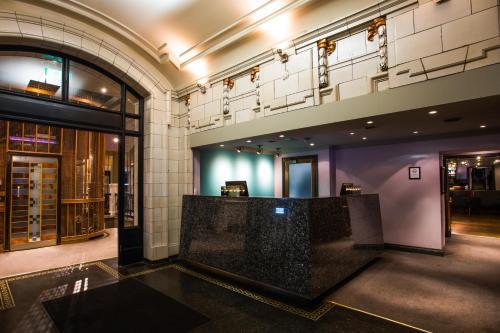 129 Bath Street, Glasgow G2 2SZ, Scotland.
