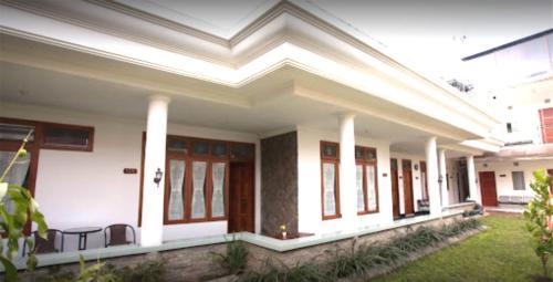 . Griyo Sultan Agung