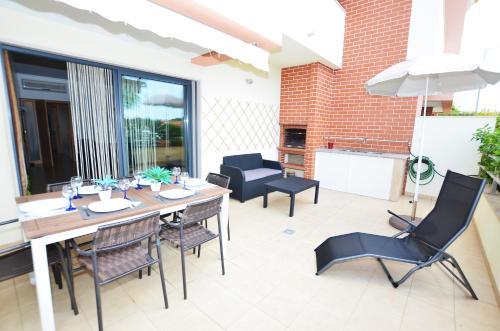 Villa Fins Pool&Sun Terrace Albufeira, Albufeira
