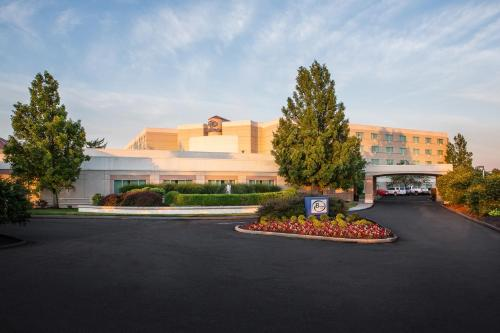 Hilton Cincinnati Airport - Florence, KY 41042