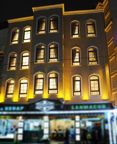 Istanbul Sirkeci Gar Hotel tek gece fiyat