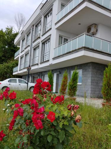 Yomra Holiday Villas rezervasyon