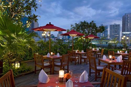 Boulevard Hotel Bangkok Sukhumvit photo 5