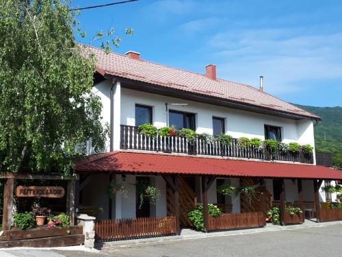 Studio Apartments Plitvice Lacus - Hotel - Korenica