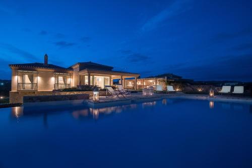 . Villa Gold