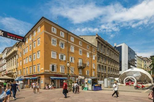 Apartments by the sea Rijeka - 15592, Pension in Rijeka
