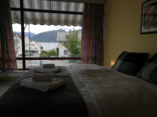 Volda Hostel, Bed And Breakfast As