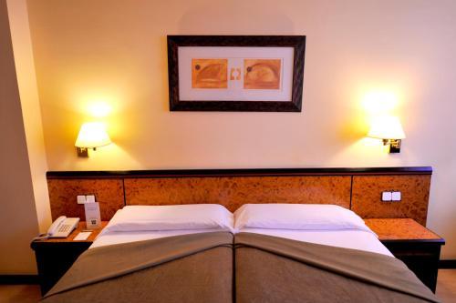 Hotel Glòries photo 29