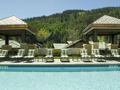 Legendary Lodging at the Ritz Carlton Residences Vail - Accommodation