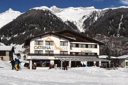 . Catrina Lodge