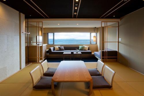 Awaji International Hotel The Sunplaza