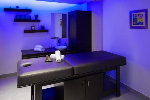 A-HOTEL com - Radisson Blu Residence, Dhahran, Hotel, Al