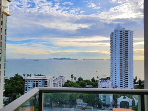 1 Bedroom Riviera Sea view by Pattaya Holiday 1 Bedroom Riviera Sea view by Pattaya Holiday