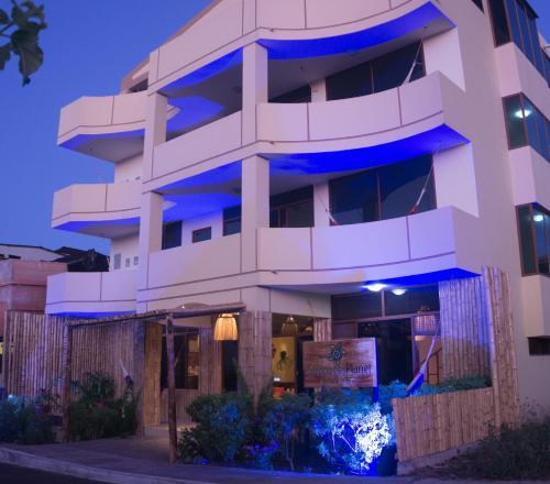 HotelBlueBay Galápagos Planet