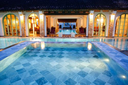 . Villa Louise Hue Beach Boutique Hotel