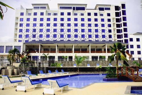 . Best Western Plus Atlantic Hotel