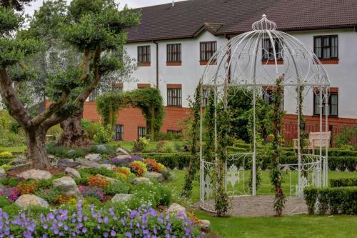 . Best Western Plus Ullesthorpe Court Hotel & Golf Club
