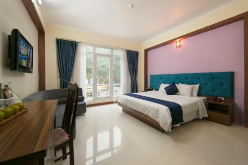 . Catba Palace Hotel