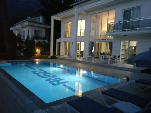 Ovacik Khan Villa rezervasyon