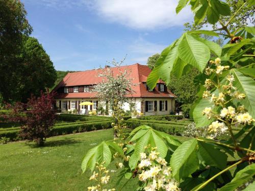 . Landhaus Saaleck