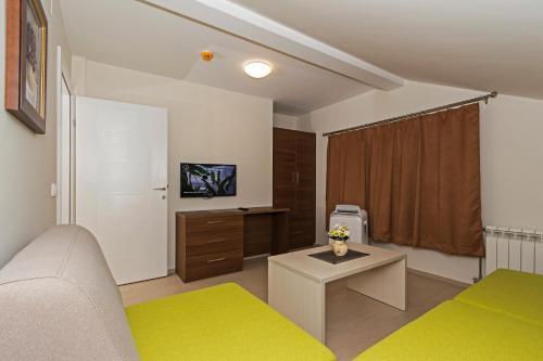 a4fb1ade82a22 A-HOTEL.com - Apartments Valentino, Apartment, Ohrid, North ...