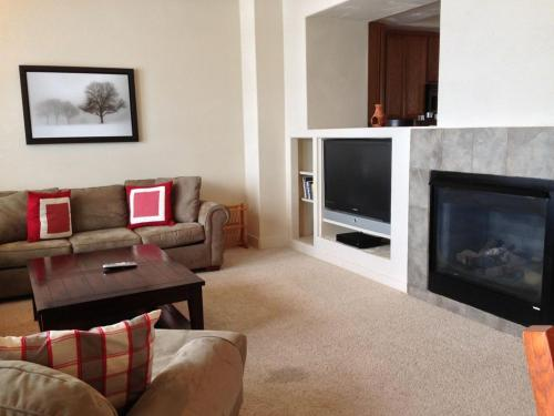 Red Quill 105 Townhouse - Fraser, CO 80446