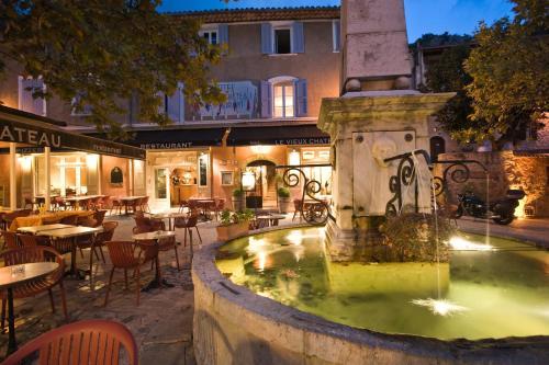 . Hotel du Vieux Chateau