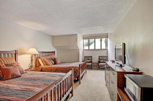 Mp705h Mountain Plaza Hotel Room - Copper Mountain, CO 80443