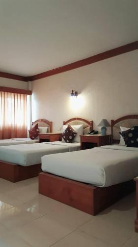 Sawasdipong Hotel room photos