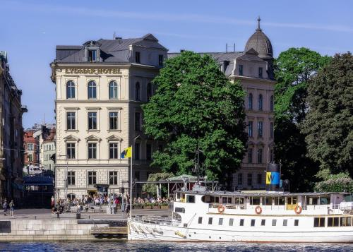 Södra Blasieholmshamnen 2, 103 24 Stockholm, Sweden.