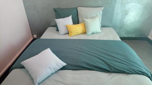 Agreable appartement proche Gare - Location saisonnière - Libourne