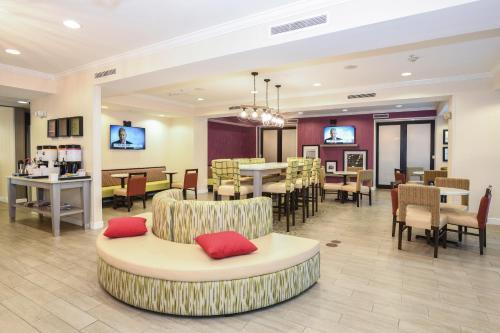 Hampton Inn Jacksonville - East Regency Square in Jacksonville