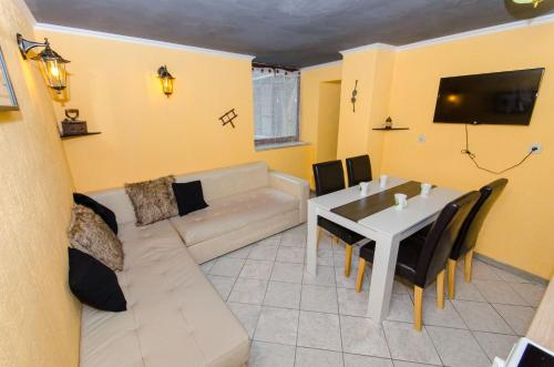 Secret Residence Palace, 21000 Split