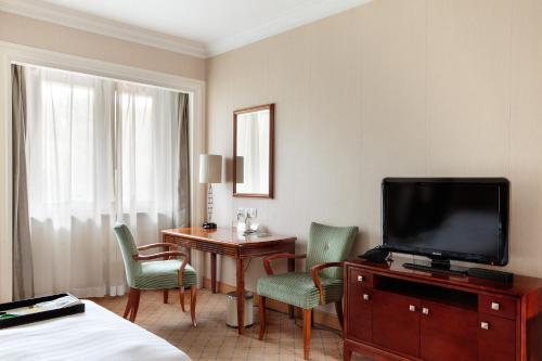 Hong Qiao State Guest Hotel Предложение 11 Super Sale - Стандартный двухместный номер с 1 кроватью