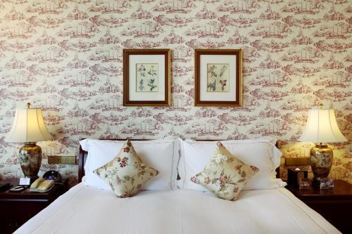 Hong Qiao State Guest Hotel Двухместный номер Делюкс с 1 кроватью или 2 отдельными кроватями