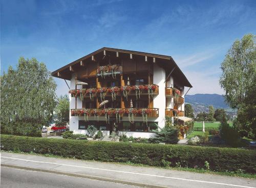 . Hotel-Pension-Ostler